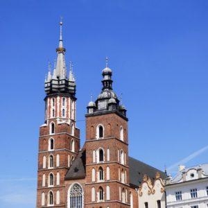 cudowne-krucyfiksy-i-wyjątkowe-madonny-Krakowa-300x300 Wycieczki po Krakowie