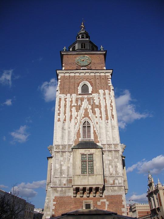 wieża-ratuszowa-dorzucić-do-galerii Blog