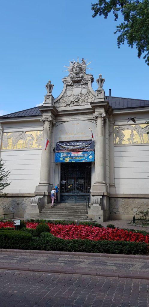 pałac-sztuki-497x1024 Blog