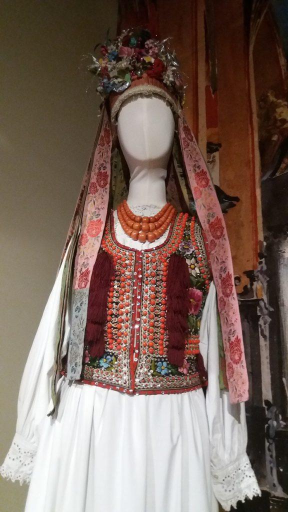 strój-weselny-576x1024 Blog