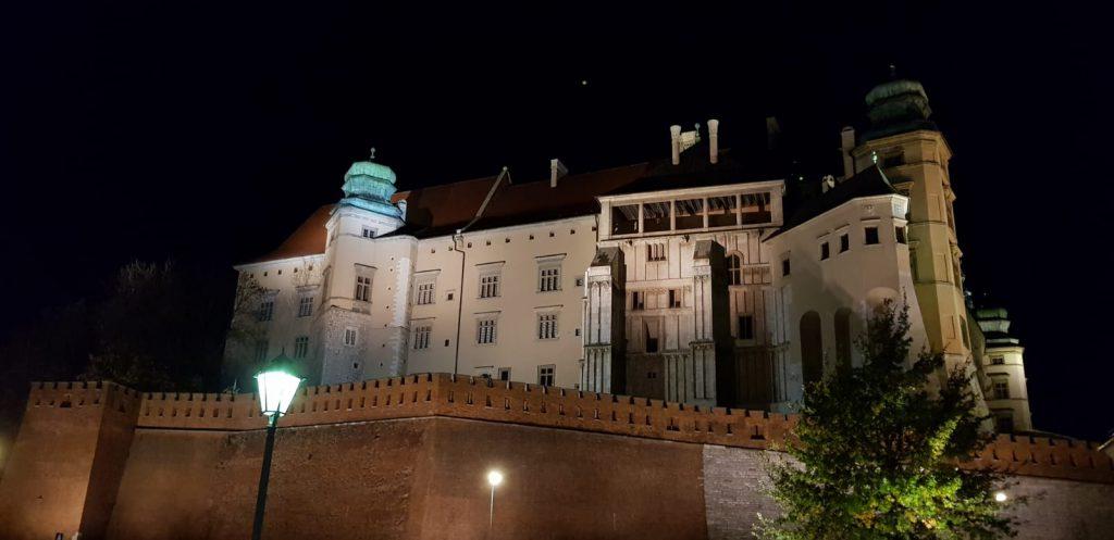 Wawel-nocą-1024x497 Blog