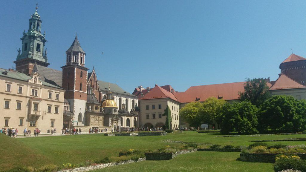 wzgórze-wawelskie-w-czerwcu-1024x576 Blog